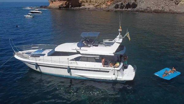Blue M Yacht